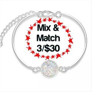 White Bracelet w/ Silvertone Link